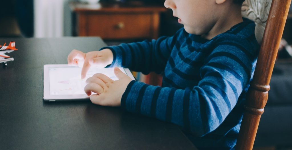 EDUCATING THE iGEN: TECHNOLOGICAL APPROACH